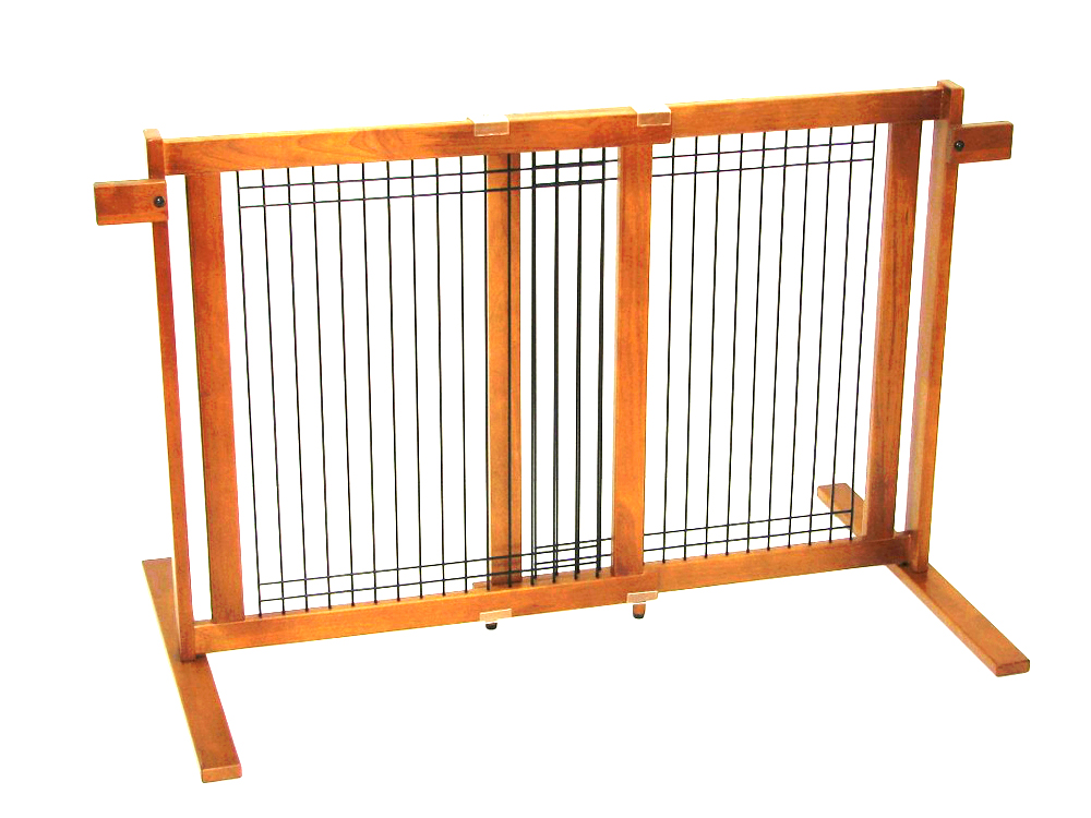 Crownpetproducts Crown Pet Home Indoor Freestanding Wood/Wire Pet Gate with Security Arms, Small Span at Sears.com