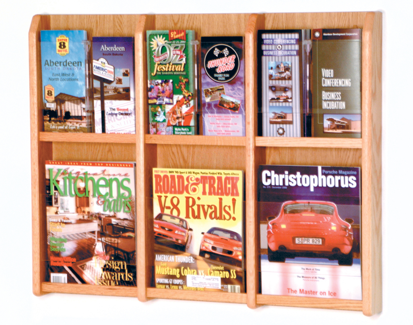 Offex Divulge 6 Magazine/12 Brochure Wall Display With Removable Inserts Light Oak