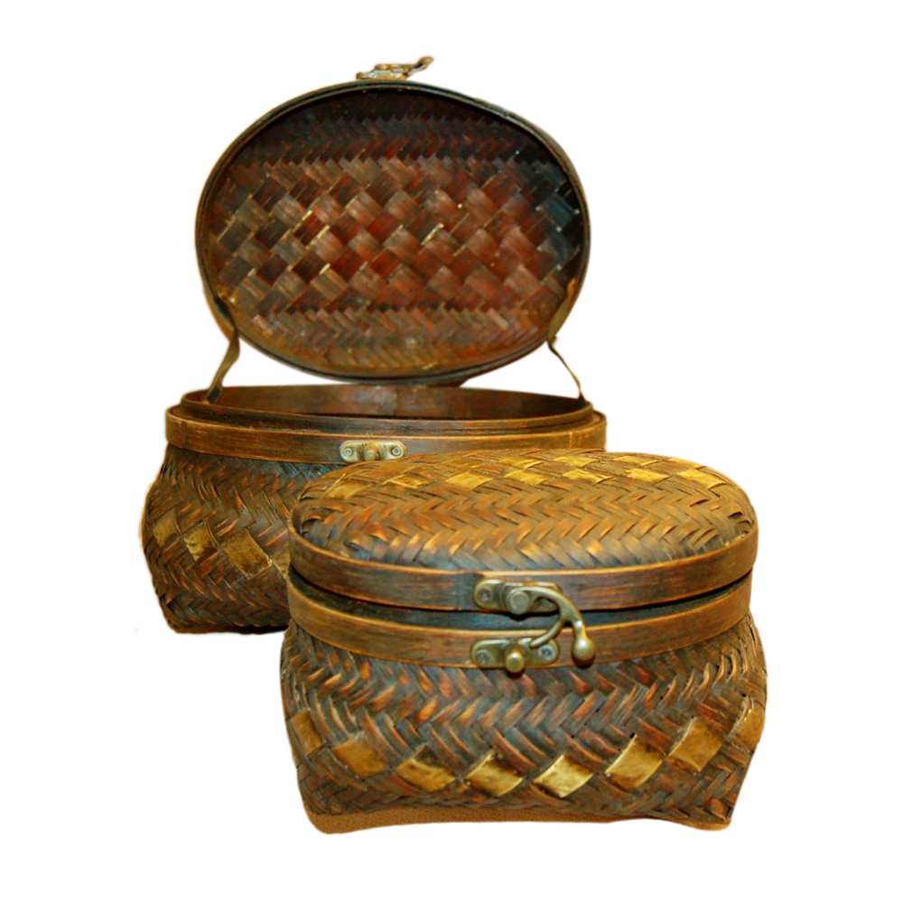 Wood Mesh Jewelry Box with Bronze Latch